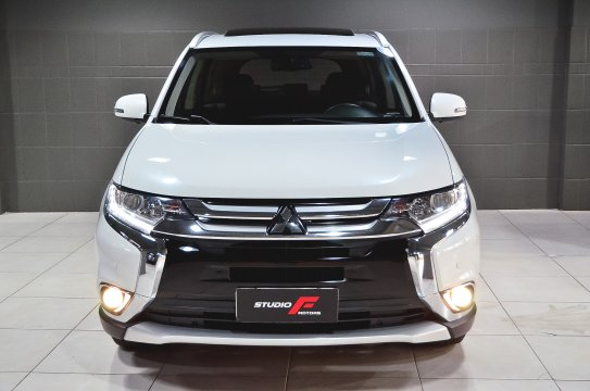 Mitsubishi Outlander 2.0 CVT - 2018